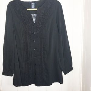 Denim 24/7 black crochet lace top size 12W